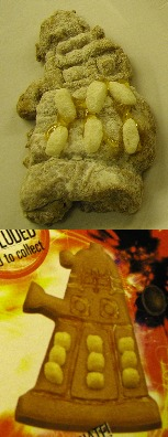 Dalek Biscuits as messed up by the Staggering Stories team!  Top is our version, bottom is how it SHOULD have looked...